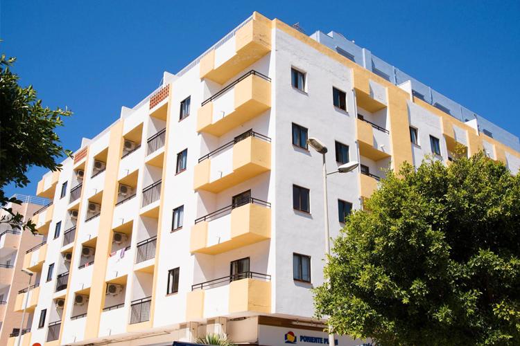 Appart hotel poniente r servation appartements ibiza for Reservation appart hotel