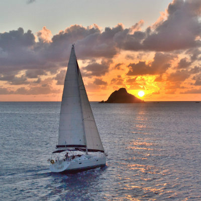 Effectuer une balade en voilier à Ibiza